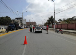 LA DRSTC REALIZO OPERATIVOS PARA ERRADIR EL TRANSPORTES INFORMAL